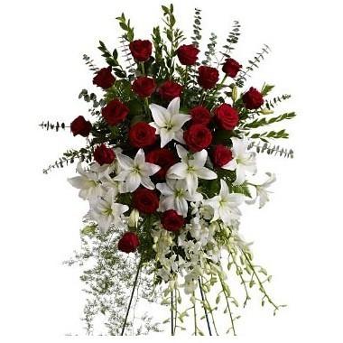 Lágrima de rosas, lirios y gladiolos